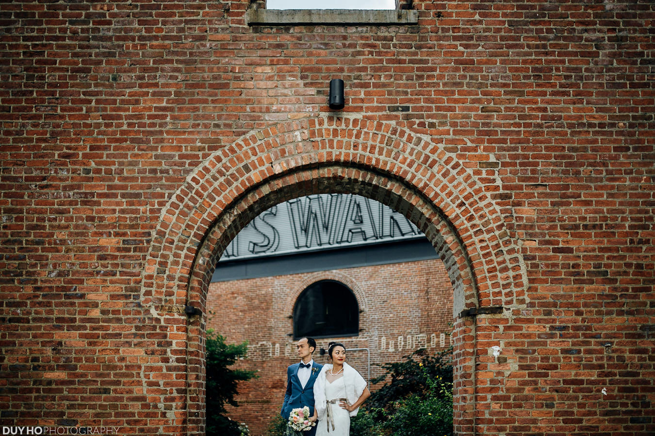 DUMBO Loft wedding photo | Brookyln, New York | Duy Ho Photography